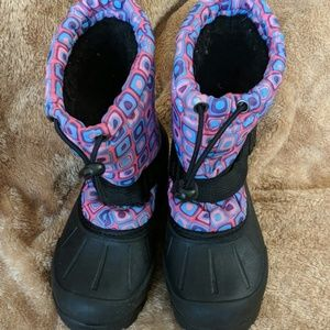 Northside pink and black snow boots size 13